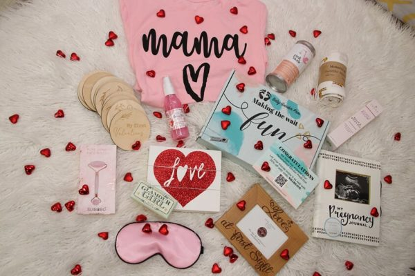 Pregnancy must-haves and gift box